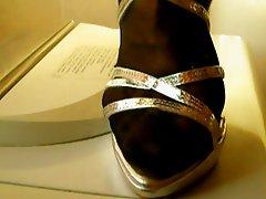 cum sandals
