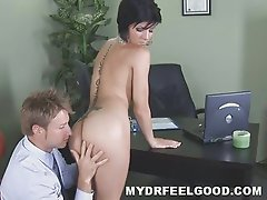 18yo slut Jayden fucking her doc & blowing his fat dick