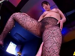 Foot fetish porn clip with mesmerizing Japanese babe in sexy stockings