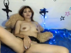 My Mom Rubs Her Pussy So Hard - Watch Part2 on CUMCAM,COM