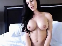 Fit Athletic Webcam Girl With Big Tits