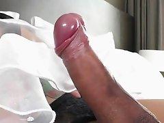 Thai ladyboy Pat plays her new vibrator