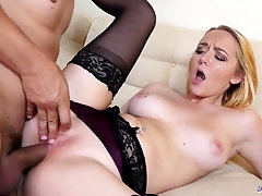 Honey gets screwed and orally pleasured