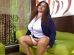Rosaly is masturbating her fat latin granny pussy