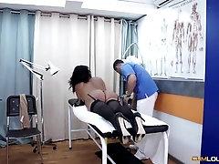 Buxom Latina bombshell massaged before sucking dick