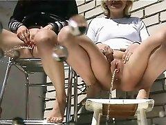 Lesbian Girls Pissing Peeing Sex Video