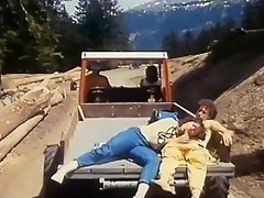 Stunning vintage milf gets plowed doggystyle in the outdoors