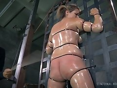 Dumpy fair haired MILF got her body cruelly roped by her kinky stud