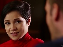 Cute short haired svelte gal Cadey Mercury gives a nice blowjob