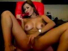 Bigtits cammodel wetpussy orgasm in webcam