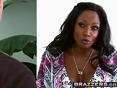 Brazzers - Mommy Got Boobs - Diamond Jackson and Bill Bailey - To Prank A Skank