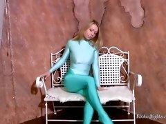[lt9] tight clothes - video 008 - natasha