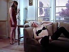 Natasha Kinzski In Bodacious Buns