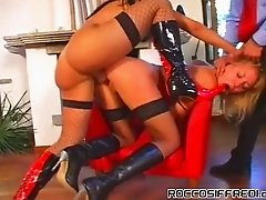 Raunchy orgy action with thick shemale and her girlfriends