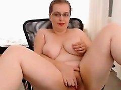 Fat Slut Rubs Her Dirty Pussy