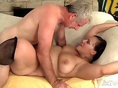 Milf savannah star fattest riding a fat cock