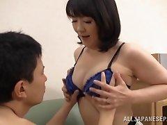 Alluring Tokyo Mature Hottie Hitomi Enjou Enjoys Sucking In Position 69