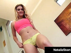 Finger Fucking Natalia Starr Rubs Her Clit To Total Orgasm!
