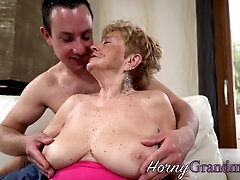 Small titted gilf sucks