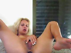 hot blonde dildo's her ass