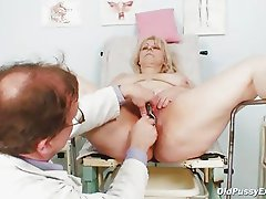 Mature Miriam fetish gyno exam speculum exam